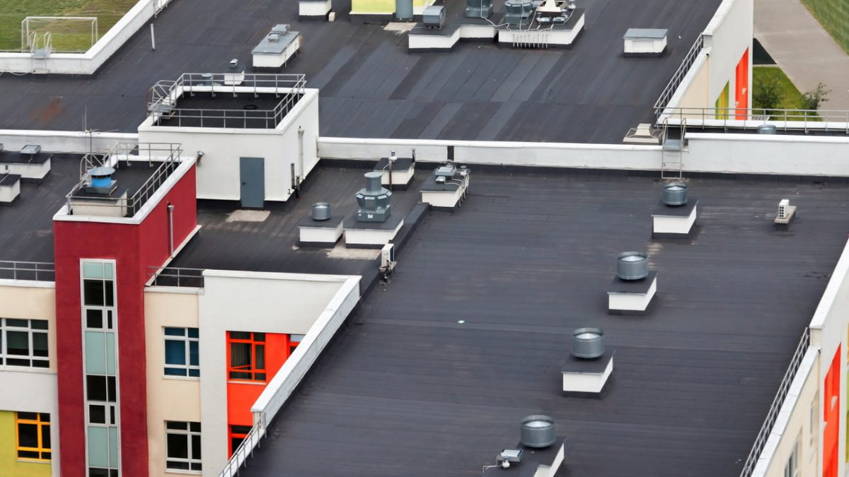 Choosing the Perfect Commercial Roofing Company